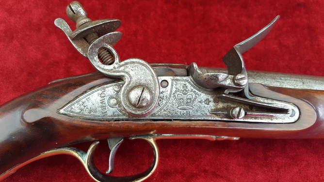 British Military Long Sea-Service Flintlock Officer's Pistol. Circa 1800-1815. Ref 9362 Pistol / Hand Guns