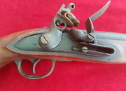 A scarce French flintlock military pistol of the Napoleonic era. Ref 9988.   Muzzleloader